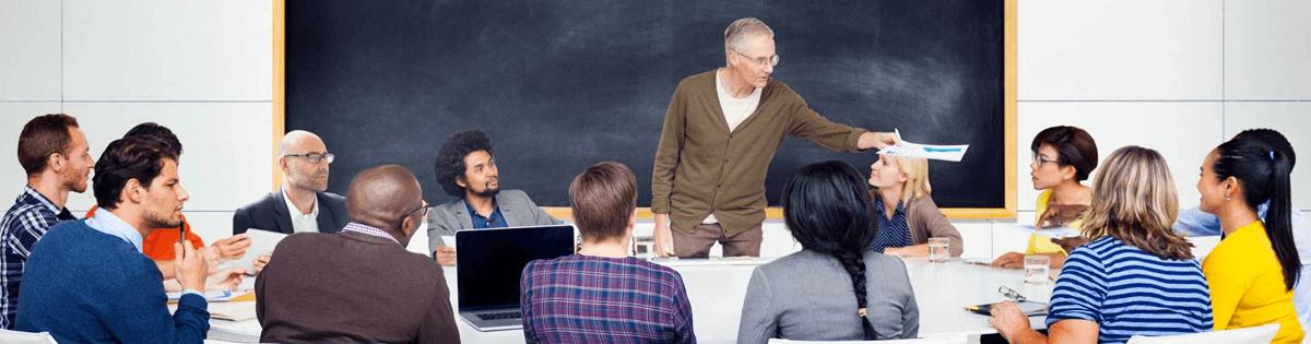 Hojas de Consejos Para Las Reuniones de Padres y Maestros para Directores, Maestros, y Padres de Familia